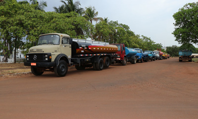 Serão cerca de 60 caminhões-pipa para abastecer as comunidades de 50 municípios assolados pela falta de água