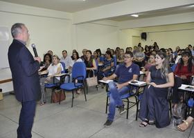 Cabral fala aos representantes dos Recursos Humanos  do Executivo Estadual