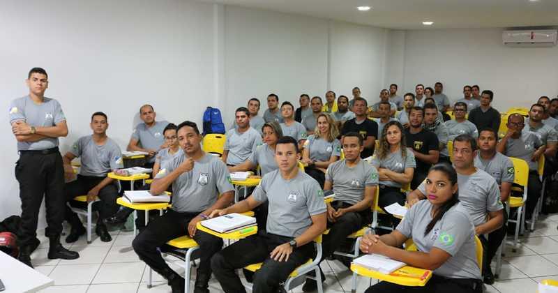 Turma de alunos dos Curso de Formação para atuação nos Sistema  Penitenciário do Tocantins.