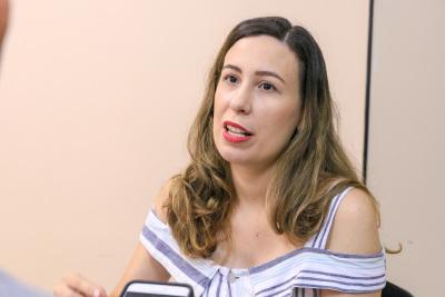 Esthefany destaca vantagens de se trabalhar com carteira assinada