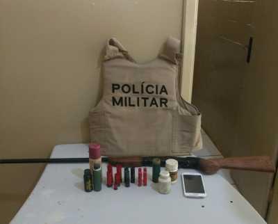 Arma apreendida em Talismã.