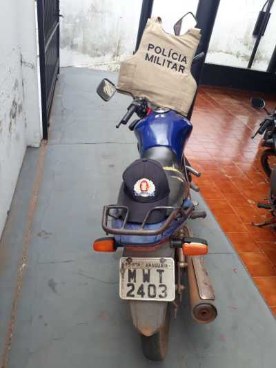 Suspeitos que tentaram roubar motocicleta foram detidos pelo 4º BPM em Formoso do Araguaia.