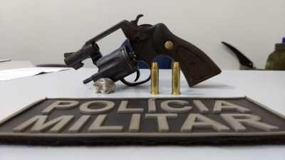Arma e droga apreendida pela PM em Gurupi.
