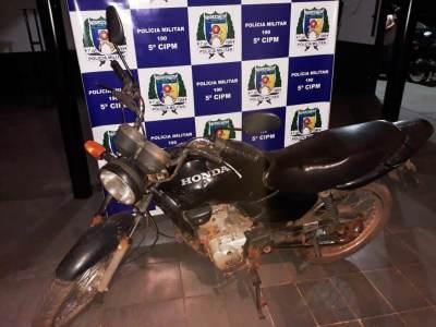 Moto utilizada pelos acusados para praticar os roubos.