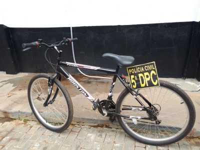 Bicicleta apreendida em poder do suspeito