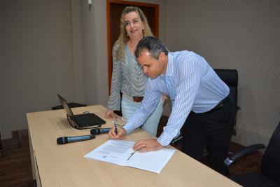 Assinatura parceria Hospital de Amor do Tocantins