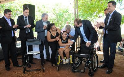 Os equipamentos entregues demandaram investimentos de R$ 3 milhões ao Governo do Estado e representam o compromisso e o empenho da atual gestão em proporcionar qualidade de vida aos pacientes