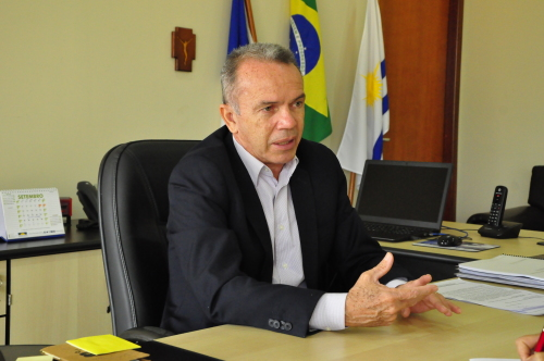 Secretário da Administração, Edson Cabral