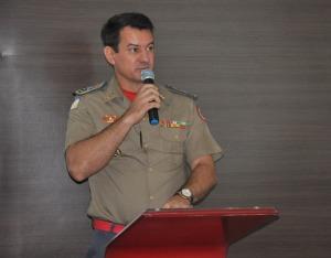 """Coronel Reginaldo Leandro da Silva – """"Saímos do 4º lugar para o 7º, uma redução aproximada de 15 mil focos, o que equivale a uma diminuição de 65% no número de focos de incêndios em relação a 2017""""."""