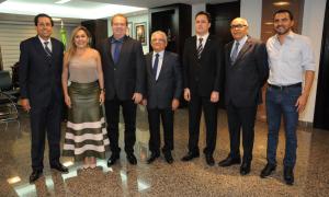 Chefes de Poderes do Estado formam conselho para discutir situação econômica do Tocantins