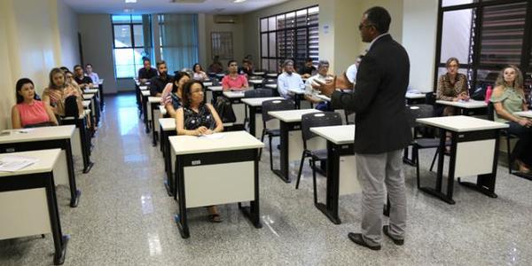 Dezenas de cursos foram realizados em várias Secretarias e na própria CGPT