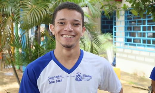 Aluno Lucas Daniel da Cia de Dança MundArt do Colégio Estadual São José