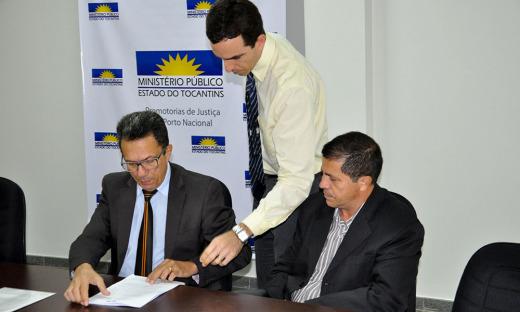 ATR assinou documento na Promotoria de Justiça do Ministério Público Estadual