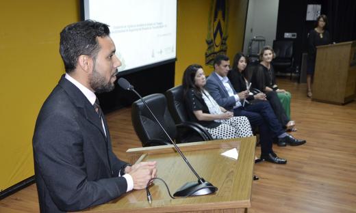 O diretor de Vigilância Sanitária Estadual, Thiago Botelho destacou que uma política de segurança no paciente reduz custos de modo geral para a saúde e garante a qualidade do serviço