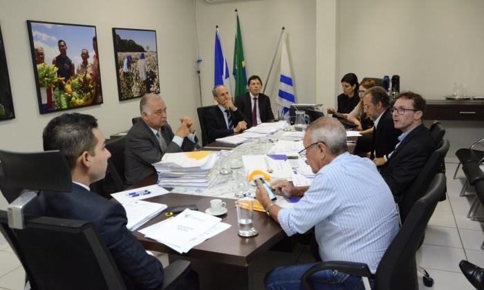 O ajuizamento da Ação de Responsabilidade Civil contra o presidente e um diretor foi apresentado pelo representante do Estado do Tocantins e aprovado pela maioria dos acionistas