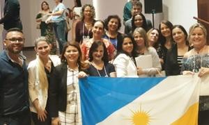 Equipe de currículo do Tocantins, ao lado da secretária Adriana Aguiar e do ministro Rossieli Soares