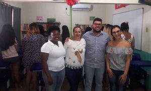 Equipe multidisciplinar realiza ação alusiva ao Dezembro Vermelho em unidades prisionais femininas