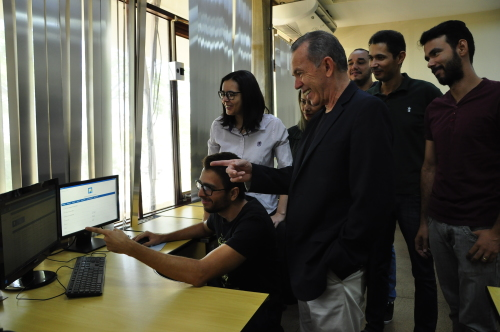 Equipe de técnicos apresentam resultados para o secretário Edson Cabral