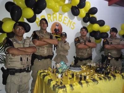 A pedido, menino de 6 anos comemora aniversário com a presença de policiais militares em Gurupi.j