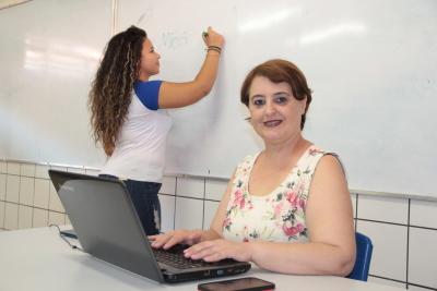 Professores podem se inscrever em curso gratuito de especialização em Docência da Educação Básica