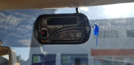 Lacre azul significa que foi feita a medição e que consta com prazo máximo de 10 dias para regularização do taxímetro
