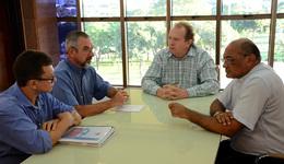 Participaram da reunião, os arcebispos de Palmas, Dom Pedro Brito Guimarães, e de Miracema, Dom Philip Eduard Dickmans, além do presidente da Associação, Jocel Santiago