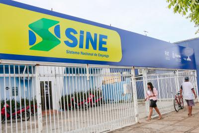 O objetivo é readequar as instalações prediais das nove unidades do Sine existentes hoje no Estado