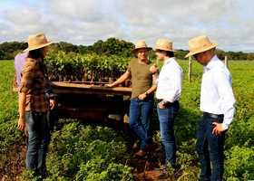 Equipe da Semarh em visita técnica da Fazenda Agropecuária Kehrle para implantação do Projeto Sustentável