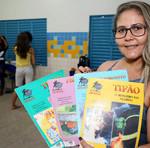 """Wédna Cunha, colaboradora da Cia de Artes do  Colégio São José -""""O resultado desse trabalho nas férias foi muito bom, promovemos a oficina de máscaras e rodas de leituras"""""""