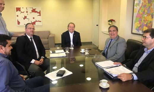 Encontro entre os gestores ocorreu na tarde desta segunda-feira, 28, no Palácio Araguaia