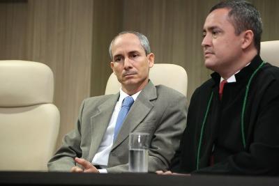 PGE Nivair Vieira Borges ao lado do ex-defensor Público-Geral, Murilo Machado