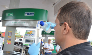 Metrologia Estadual realiza ensaios em todos os postos de combustíveis do Tocantins