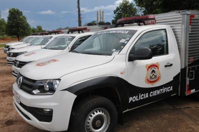 Novos rabecões são entregues a Polícia Científica