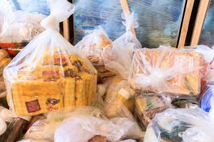 Nesta segunda foram repassados cerca de 138 kilos e 5 litros de produtos dos gêneros alimentícios e de higiene