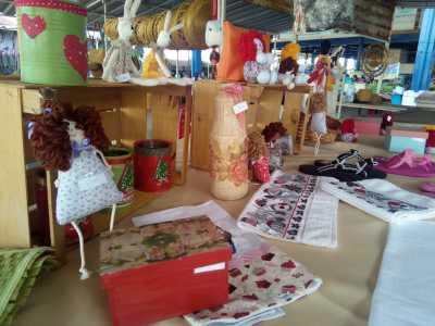 Produtos artesanais em exposição