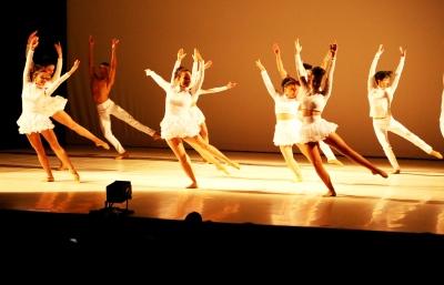 O balé popular está em atividade desde 2013, atendendo a centenas de crianças e adolescentes