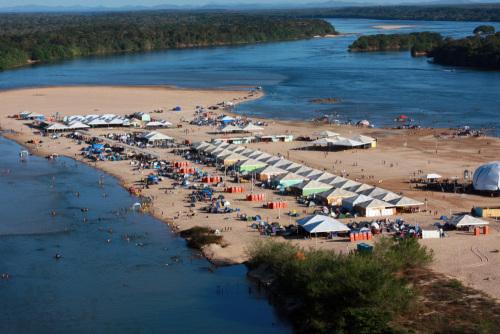 Praia da Tartaruga é uma mais frequentadas durante a temporada de praia do Estado