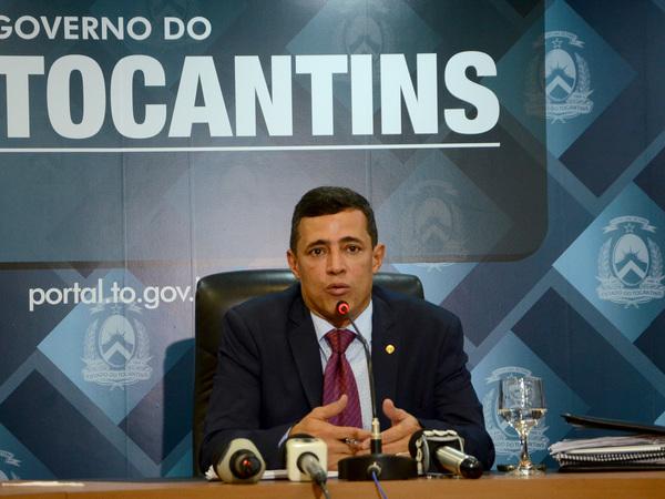 Secretário de Estado da Saúde, Renato Jayme, acompanhado de técnicos da Secretaria de Estado da Saúde, apresentou a Medida Provisória na tarde desta quinta-feira, 14
