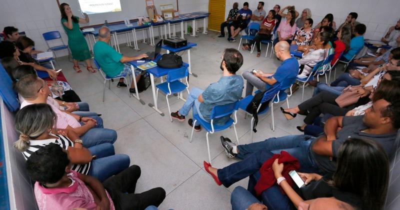 Professores participam de formação sobre o uso de tecnologias