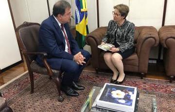 Secretário César Halum e ministra Tereza Cristina, durante audiência, em Brasília