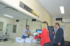 Entrega de contas consolidadas do governador ao TCE
