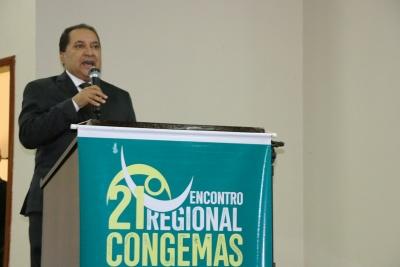- O secretário de estado do Trabalho e Desenvolvimento Social do Tocantins, Messias Araújo, durante um dos painéis, também defendeu a manutenção e aprimoramento do pacto federativo no SUAS_400.jpg