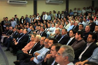 A programação foi apresentada aos presentes, que incluíram representantes do agronegócio, autoridades e membros da sociedade civil