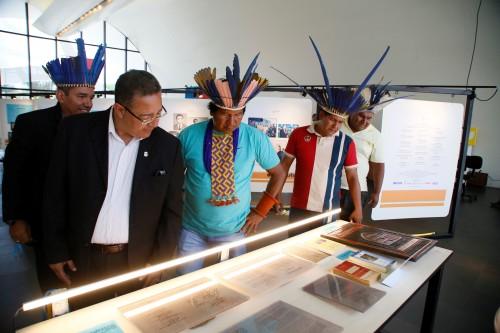 Agenda incluiu visita ao Memorial Coluna Prestes