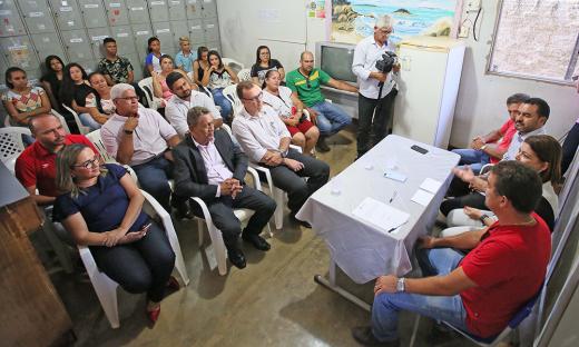 O Governo reiniciou as obras da Escola Estadual Anita Cassimiro, de Aliança do Tocantins. Os trabalhos estavam paralisados há cerca de dez meses. O contrato assinado é no valor de R$ 1.404.270,42