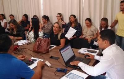 Diretores escolares em reunião de trabalho em Pedro Afonso