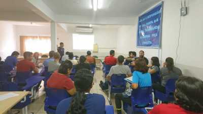 Professores de Educação Física participam de reunião realizada pela DRE de Paraíso