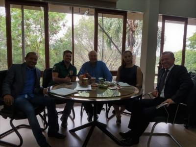 Executivos da Indústria Neresco destacam participação na Agrotins com o secretário Ridoval