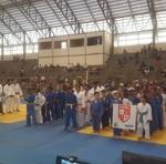 Alunos do Cemil participam da cerimônia de abertura da Segunda Etapa Estadual de Judô, no auditório do Ceulp Ulbra