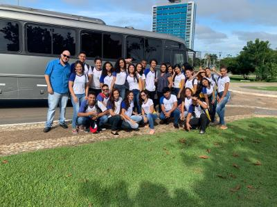 Estudantes de escolas estaduais participam do lançamento do Programa Oportunidade Jovem